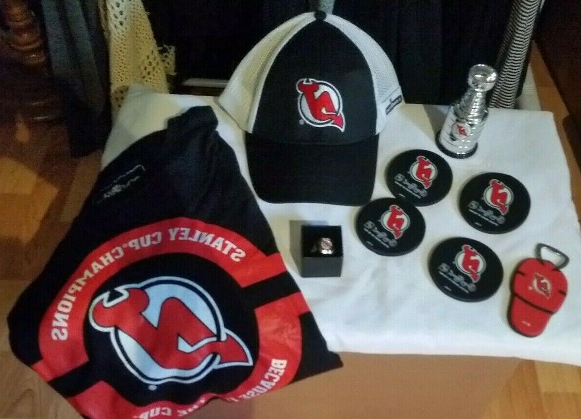 new jersey devils 2 banners cap ring